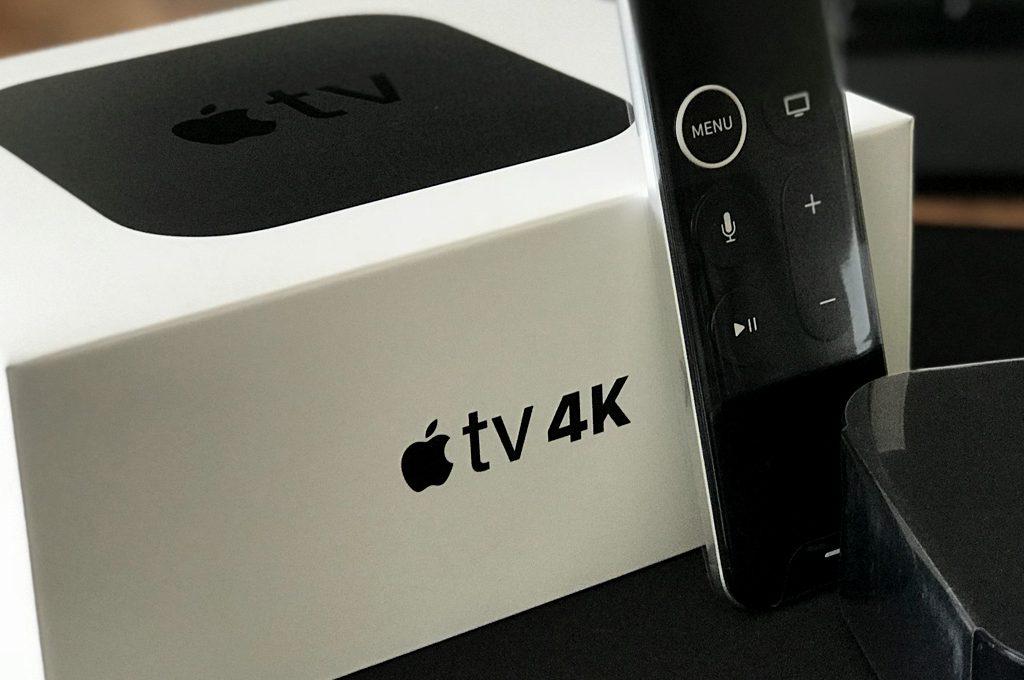Apple TV 4K, Box und Fernbedienung